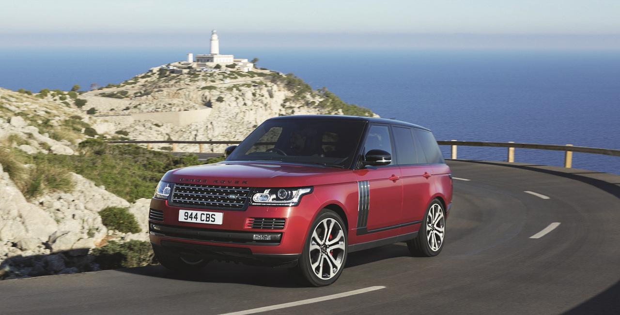 Range Rover пустился вавтономное плавание