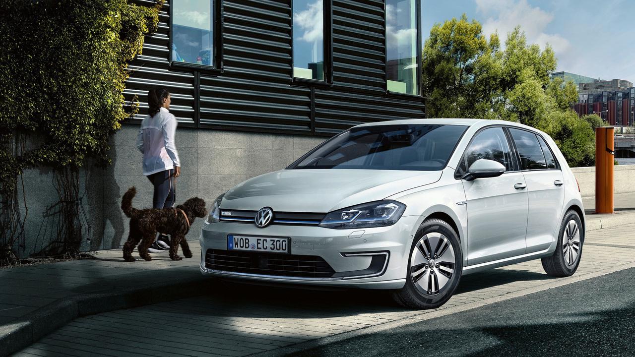 Volkswagen показал дизайн нового Golf 2017 class=