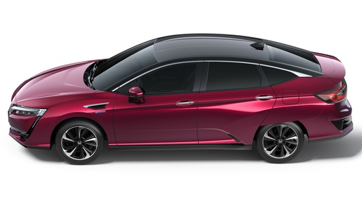 Хонда выпустит седан Clarity споддержкой CarPlay