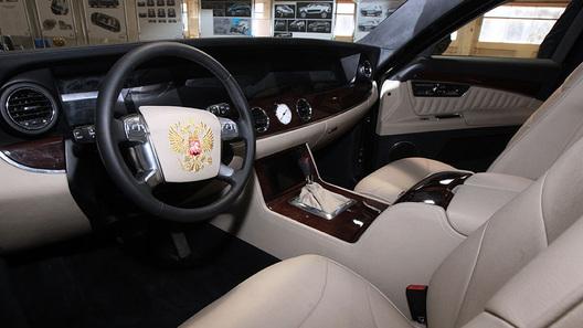 Президентский лимузин оборудовали рулем от Форд Mondeo