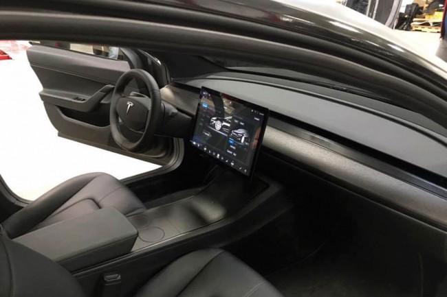 Tesla Model Sсмогла проехать без подзарядки неменее 900 километров